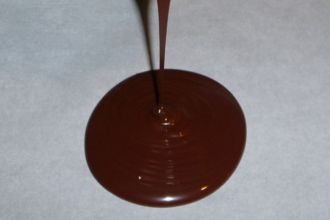 pouring-chocolate
